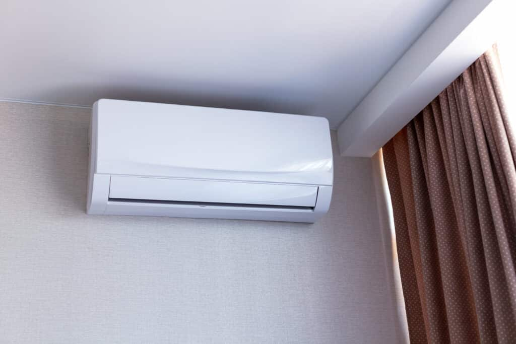 WALL OR WINDOW MOUNTED AIR CONDITIONERS
